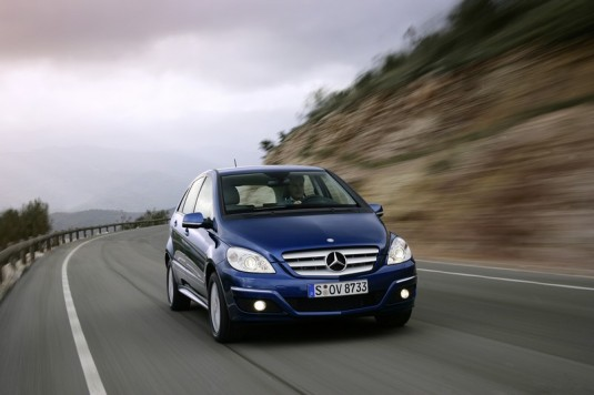 new gen mercedes benz b class04 535x356 Next generation B Class to include hybrid and EV variants