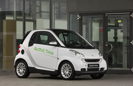 smart fortwo planning electric drive vehicle 540x351 smart electric drive to go on sale in early 2010