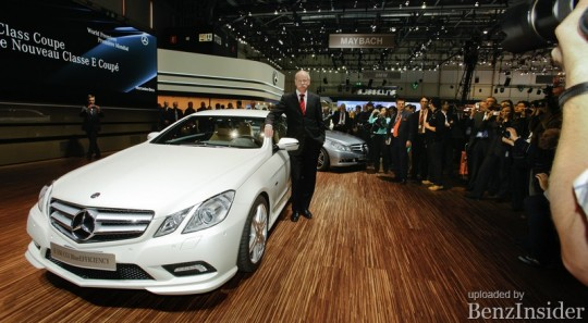 mercedes benz presents new e class sedan and coupe in geneva10 540x297 Geneva 2009: Mercedes Benz presents new E Class sedan and coupé