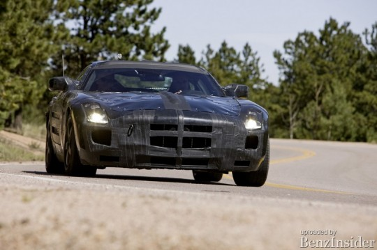 mercedes benz sls aka slc gullwing official test mule shots01 540x359 Mercedes Benz releases official details about the Gullwing