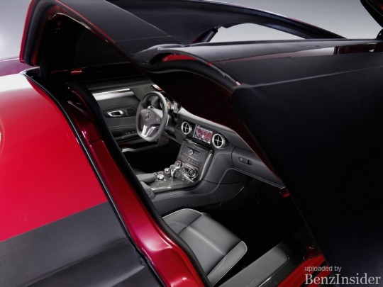 more mercedes benz sls amg interior pictures released 04 540x405 More Mercedes Benz SLS AMG interior pictures released