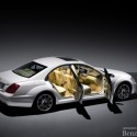 official the 2009 mercedes benz s class 09 small 125x125 Official: The 2009 Mercedes Benz S400 Hybrid