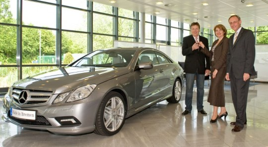 first mercedes benz e class coupe delivered to customer 540x296 First Mercedes Benz E Class Coupe delivered to customer