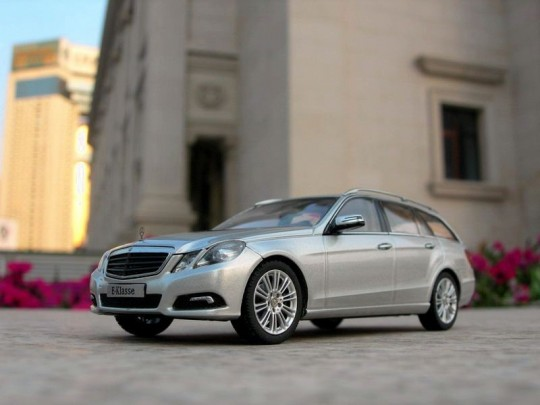 mercedes benz e class estate images leaked scale model 4 540x405 2010 Mercedes Benz E Class Estate images leaked   well not really!