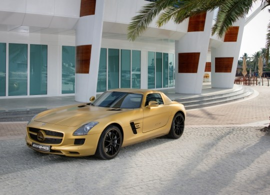 mercedes benz sls amg in a striking gold paint finish at the dubai motor show 540x390 A $183,000 sticker price for the SLS AMG.