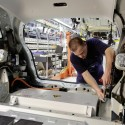 the new mercedes benz b class f cell 5 125x125 The new Mercedes Benz B Class F CELL enters production