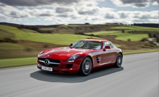 top luxury vehicles in 2010 540x330 Mercedes Benz SLS and E Class Estate voted Top Cars of 2010