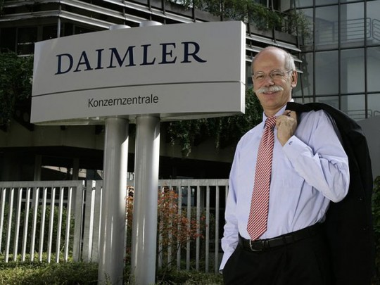 ceo zetsche 540x405 Daimler CEO regrets the past, cradles the future