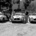 444720 737962 768 485 422087R6864 Custom 125x125 Two Gullwings on the trail of the Carrera Panamericana in Mexico