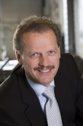 Volker Mornhinweg 286x430 Volker Mornhinweg taking over Mercedes Benz Vans division