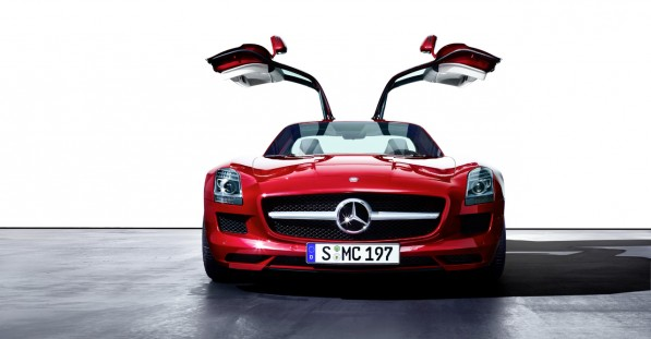 mercedes benz SLS AMG 597x311 Mercedes Benz Seeks Advice From Digital Natives