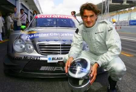 roger-federer-becomes-global-mercedes-benz-ambassador-20893_1