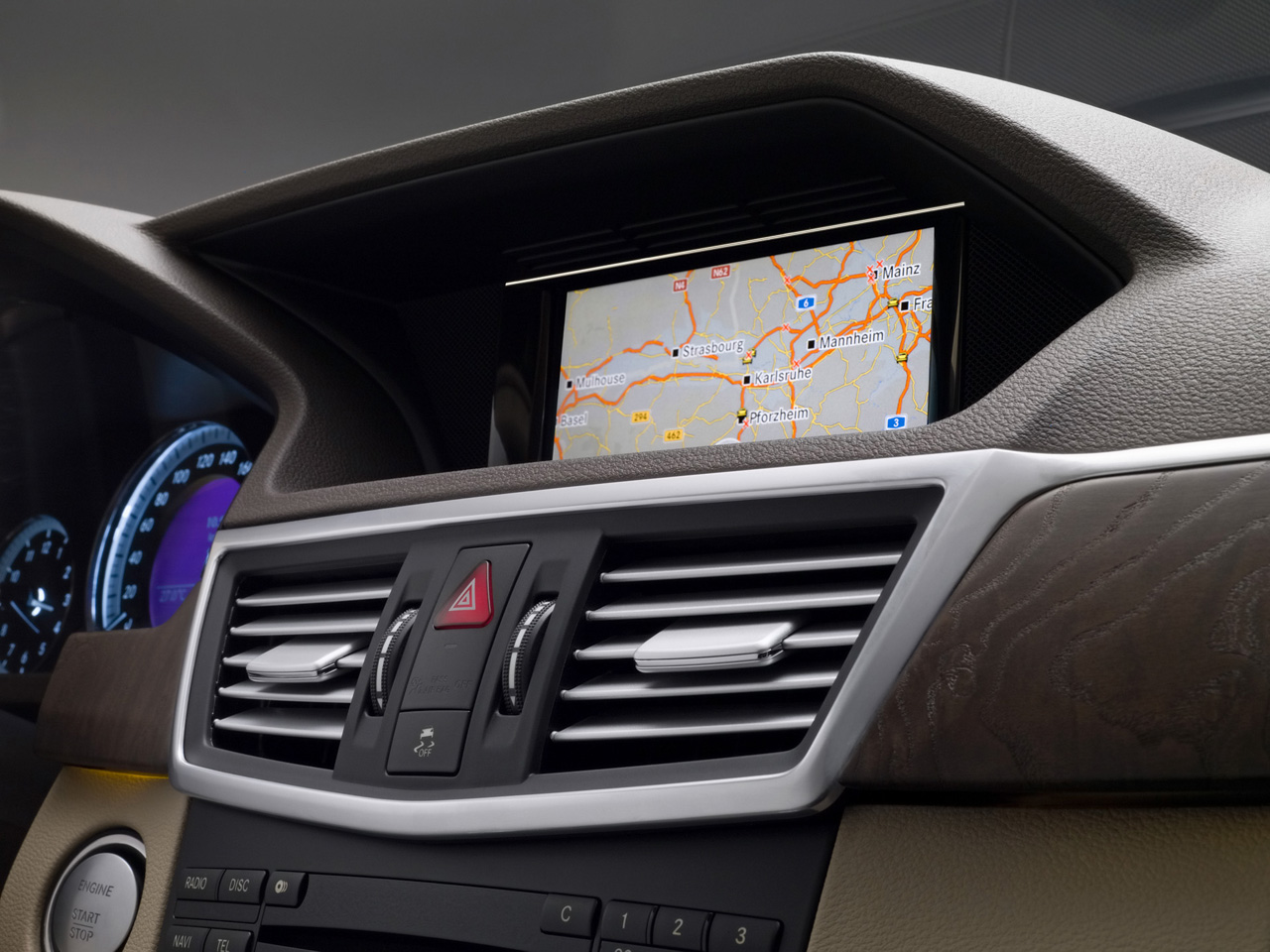 mercedes benz navigation free download