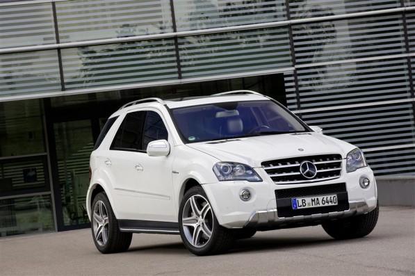 ML 63 AMG gets a new look07 Custom 597x397 Mercedes Benz ML 63 AMG gets a new look