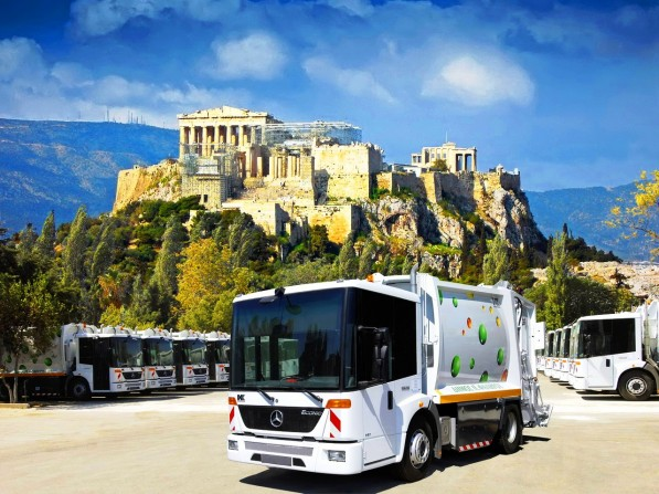 athens chooses the ecofriendly mercedes benz econic ngt 597x447 ECONIC refuse trucks with EEV technology