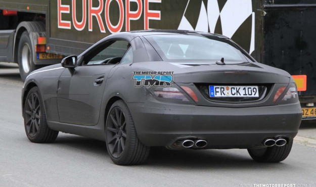 2011_mercedes_benz_slk_amg_spy_photos_04-4c3e938490eac-625x370