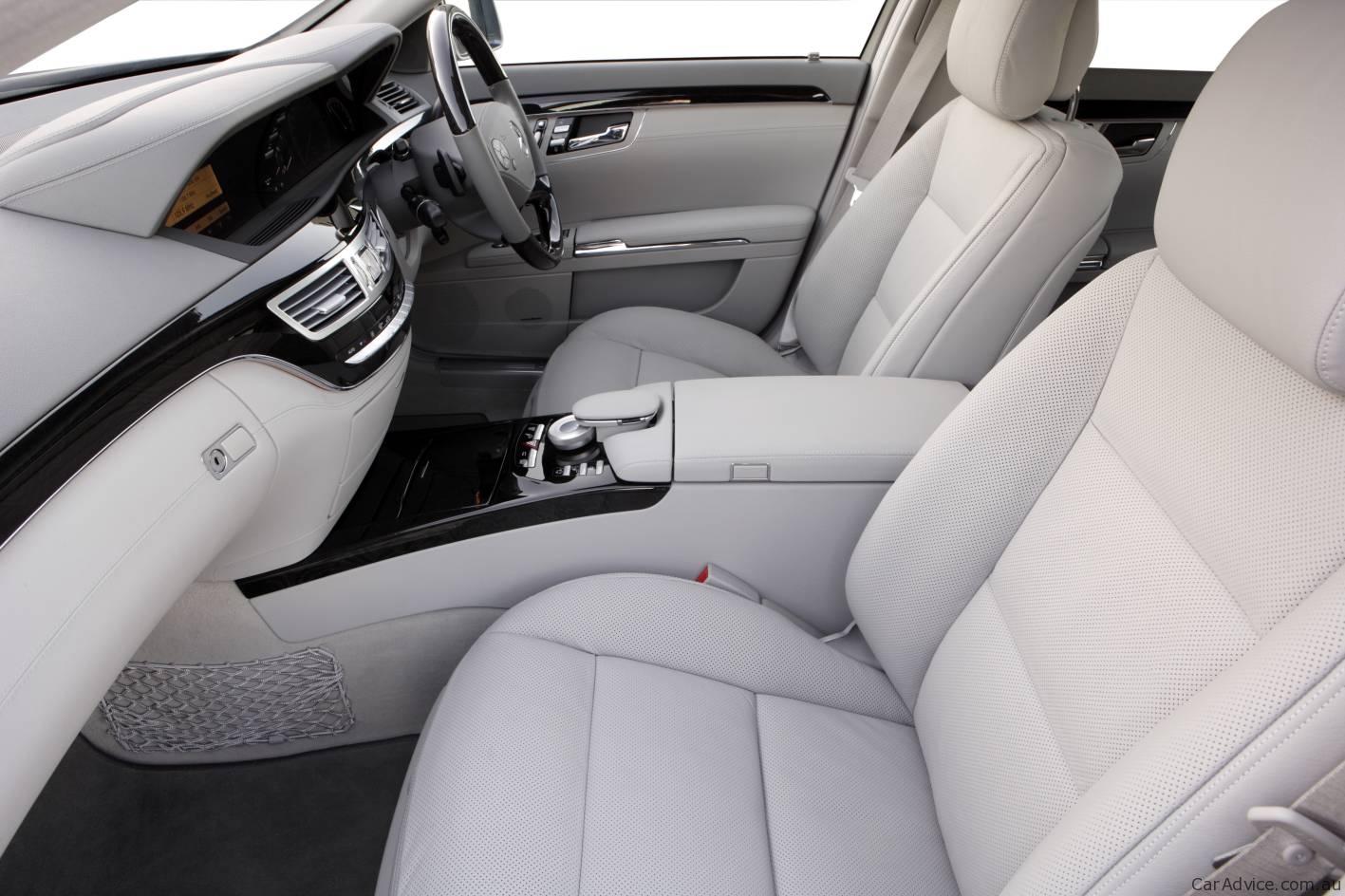 Mercedes-Benz-S-Class-seats-1