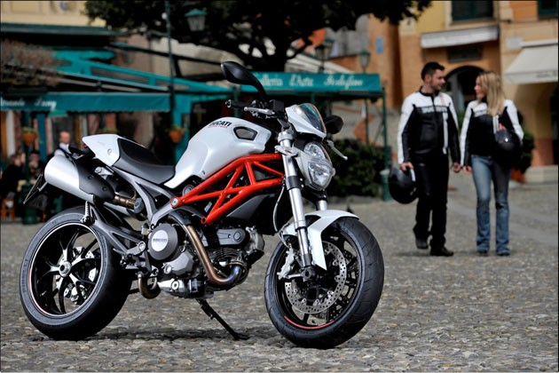 ducati-monster-web