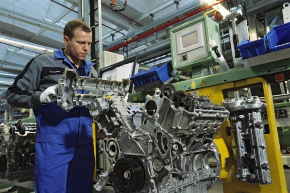 mercedes berlin plant rolls out 1 millionth v6 21906 1 597x397 Mercedes Berlin Produces 1 Millionth V6