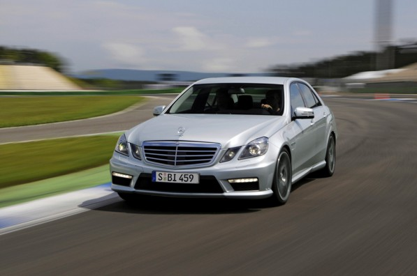 mercedes e 63 amg gets more features 22503 1 597x396 Additional Features for the Mercedes Benz E63 AMG