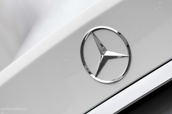 record sales for mercedes benz in india 22605 1 597x395 Boost In Sales for Mercedes Benz India
