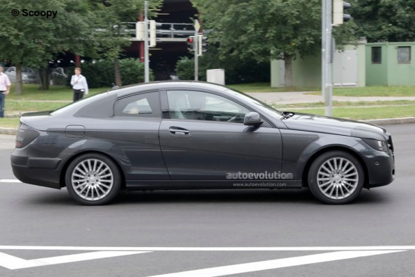 spyshots 2012 mercedes c klasse coupe 22843 1 597x398 Spy Photo: 2012 Mercedes C Class Coupe