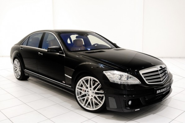 brabus launches ibusiness mercedes sv12 r 23800 1 597x396 Brabus plus Macintosh equals Mercedes Benz S Class iBusiness