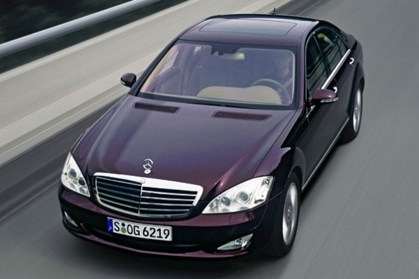 mercedes s class 1f 597x398 Entire S Class range now rolls with Bang & Olufsen