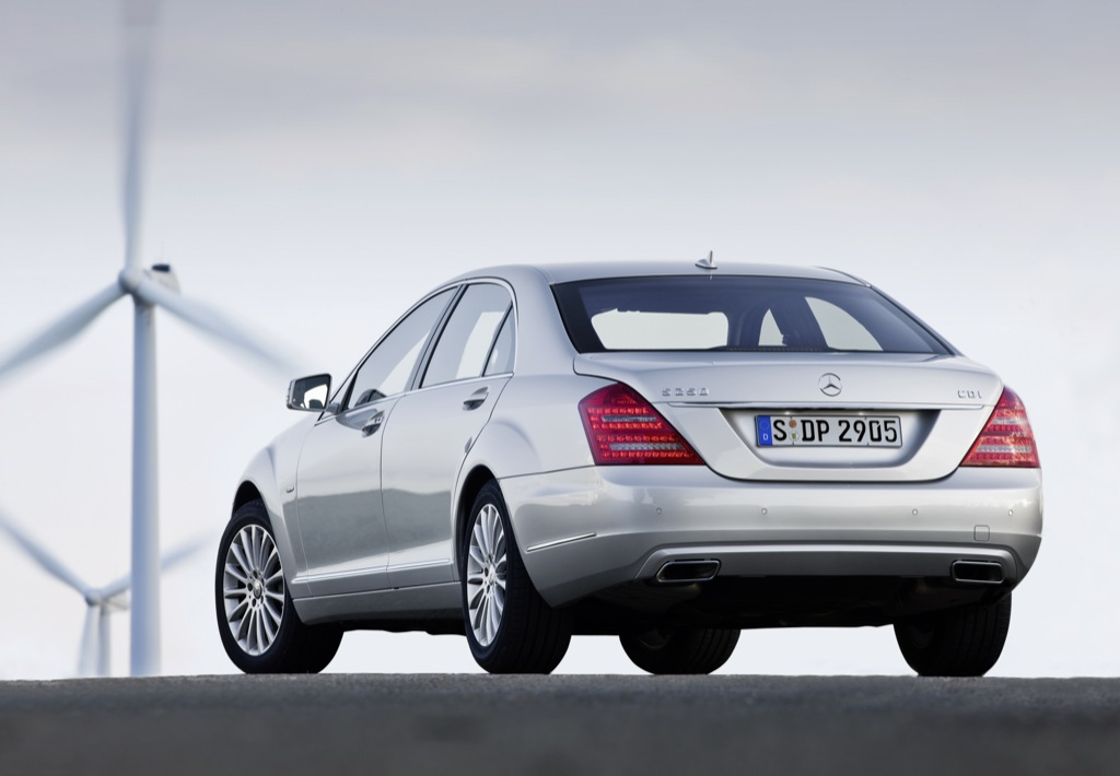 New engines for flagship S-Class models - BenzInsider.com - A ...