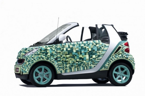 smart fortwo 797156 1463121 4256 2832 10C1086 01 635x422 597x396 The Smart Fortwo CARTONDRUCK comes to life