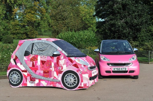 celebrities create patchwork smart pink passion 25411 1 597x397 Pink Smart Fortwo up for eBay auction