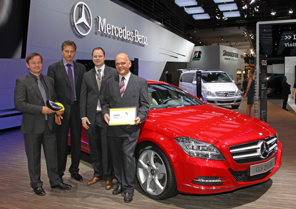 mercedes-benz-receives-two-euro-ncap-advanced-awards-25008_1