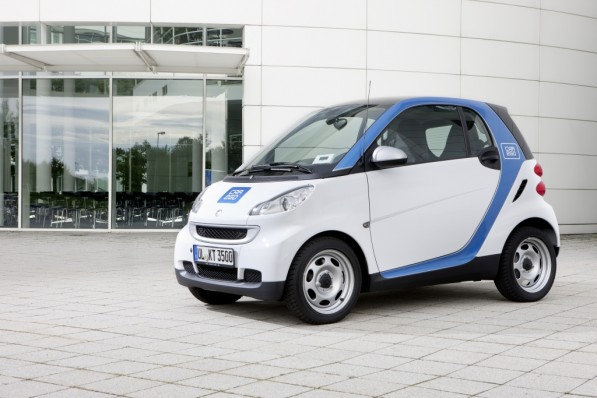smart fortwo car2go car2gether program 597x398 Daimler AG starts second ride sharing 2.0 project, this time in Aachen