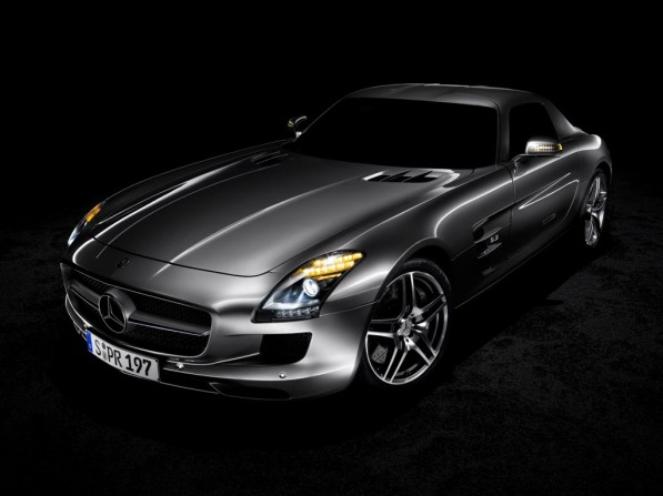 1024 731527 1327278 7216 5412 09C806 007 597x447 SLS AMG the only car to win gold in Fed Rep Germany Design Awards