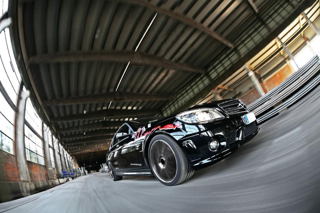 Mercedes-AMG-C63-7