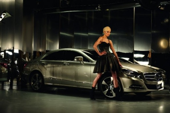 Karolina Kurkova MBFWB AW 2011 2 597x396 Karolina Kurkova Selected for Mercedes Benz Campaign [Gallery]