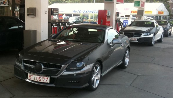 SLK R172 597x339 Third Gen SLK Debut Moved to Jan 29 at Stuttgart