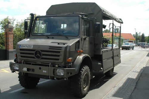 Unimog U5000 Merc Delivers 650th Unimog to German Military