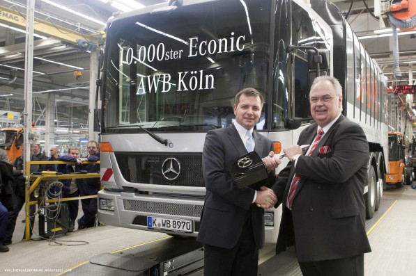 econic 10000 597x397 Mercedes Benz Sells 10,000th Econic Truck