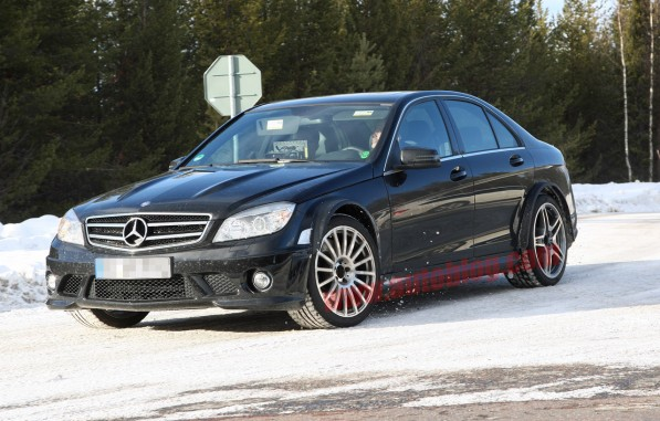 C63 AMG BlackSeries Testing01 597x381 C63 AMG Black Series Spied Testing on Ice
