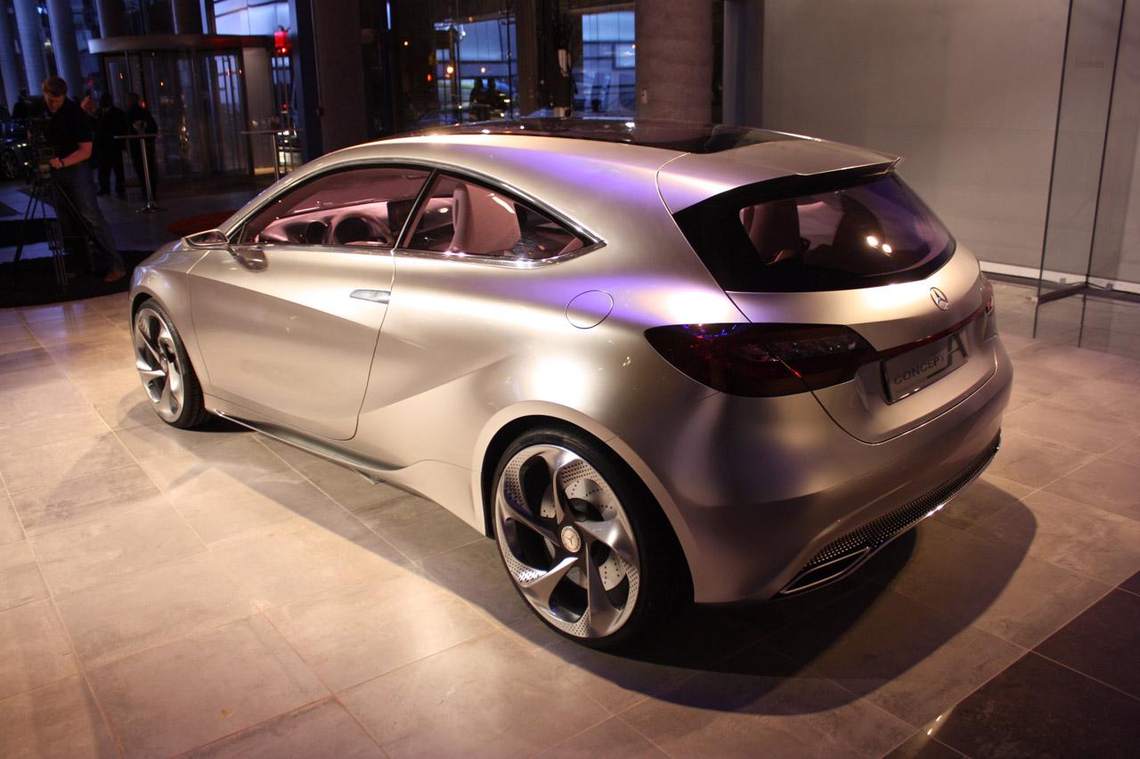 004-mercedes-benz-concept-a-new-york-2011
