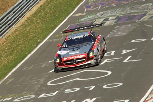 826748152658548963264vln01.04.2011015 597x397 SLS AMG GT3 wins podium in 1st round of VLN NEC