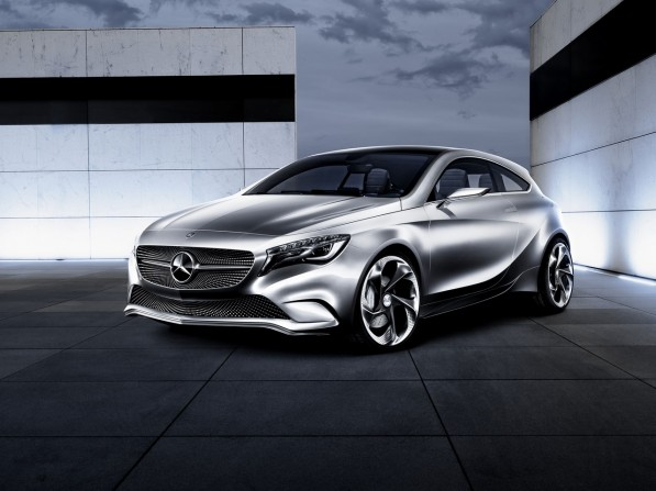 Mercedes Benz Concept A Class Official Shanghai unveiling034 597x447 Official: Mercedes Benz Concept A CLASS (Photo+Video)