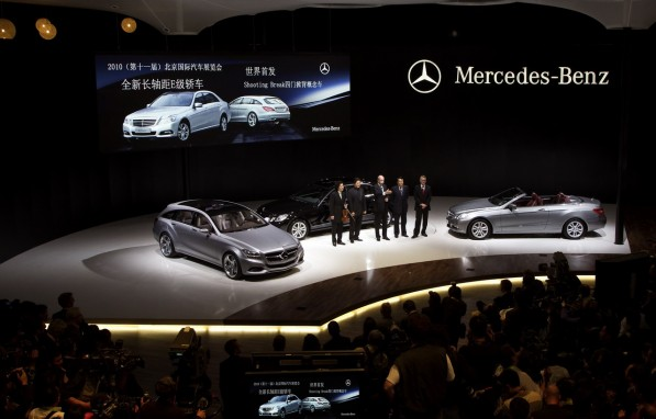 c1475 mercedes benz at the beijing motor show 2010 597x382 Daimler's outlook for China pegged at 20% growth