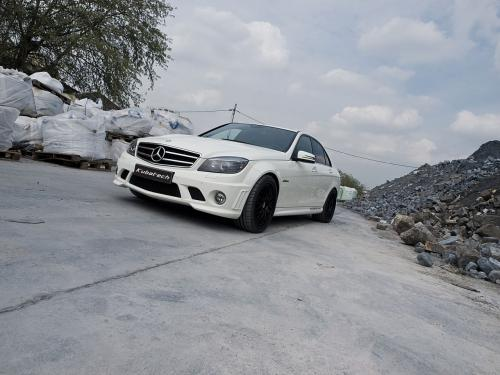 5042909431228853952 Tuner McChip Offers 575 Hp Package for C63 AMG