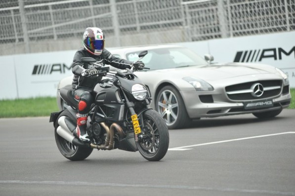 ducati and amg join forces in beijing 37457 2 597x397 Ducati AMG Experience Held In Beijing Racetrack