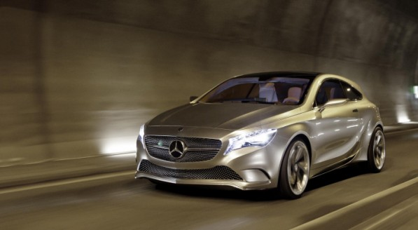 mercedes benz concept a class embarks on uk tour 38957 7 597x328 A Class Concept On UK Shopping Mall Tour