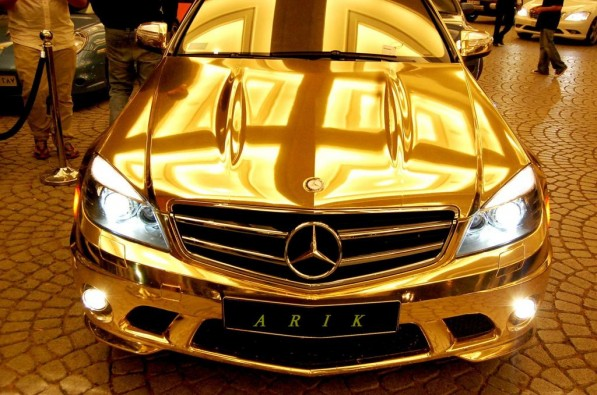 the gold mercedes8 597x395 Selection Of New MBUSA Head Down To a Handful