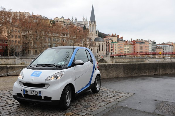 12A87 597x395 car2go for Lyon