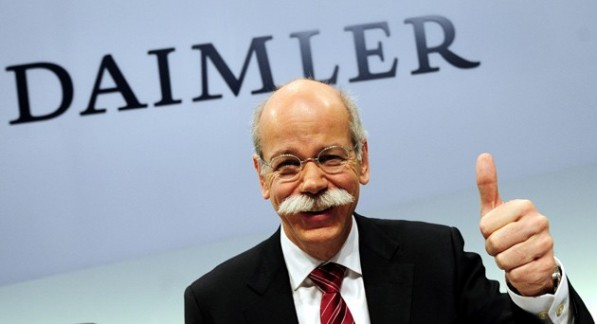 dvtogetty25231580 597x324 Daimler Pays Record Bonuses To Its Germany Employees